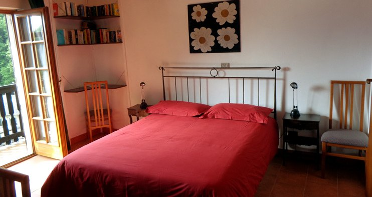 A double room at hotel Edelweiss in Bognanco Terme - Free wi-fi and special offers on our website